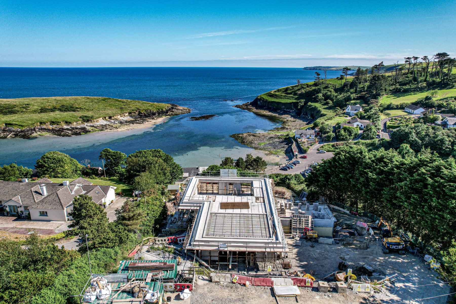 Meitheal Architects High end bespoke residential property in Sandycove, Cork Ireland.